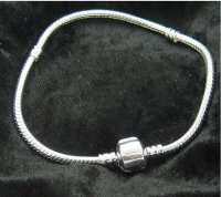 Bracelet 18 cms fits European beads with plain magnetic clasp